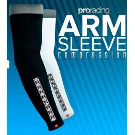Compressport Pro Racing Armsleeve Compression- Colores Blanco o Negro